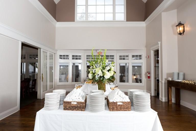 indoor golf club buffet tables
